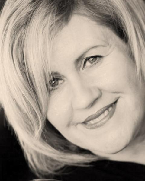 Jen Heyes
