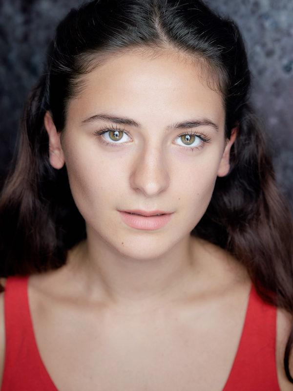 Lily Demir
